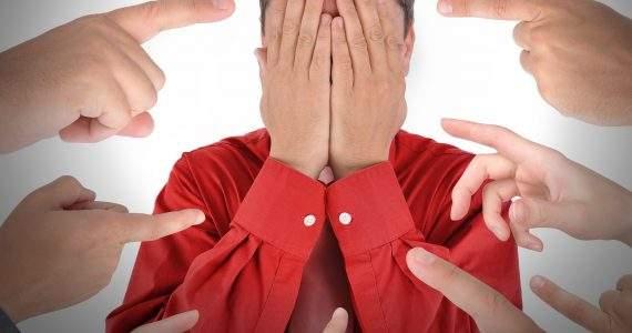איך להתמודד עם ביקורות שליליות בגוגל לעסק שלי
